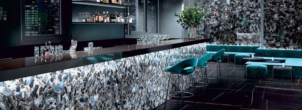 Elements als eleganter Tresen in moderner Bar